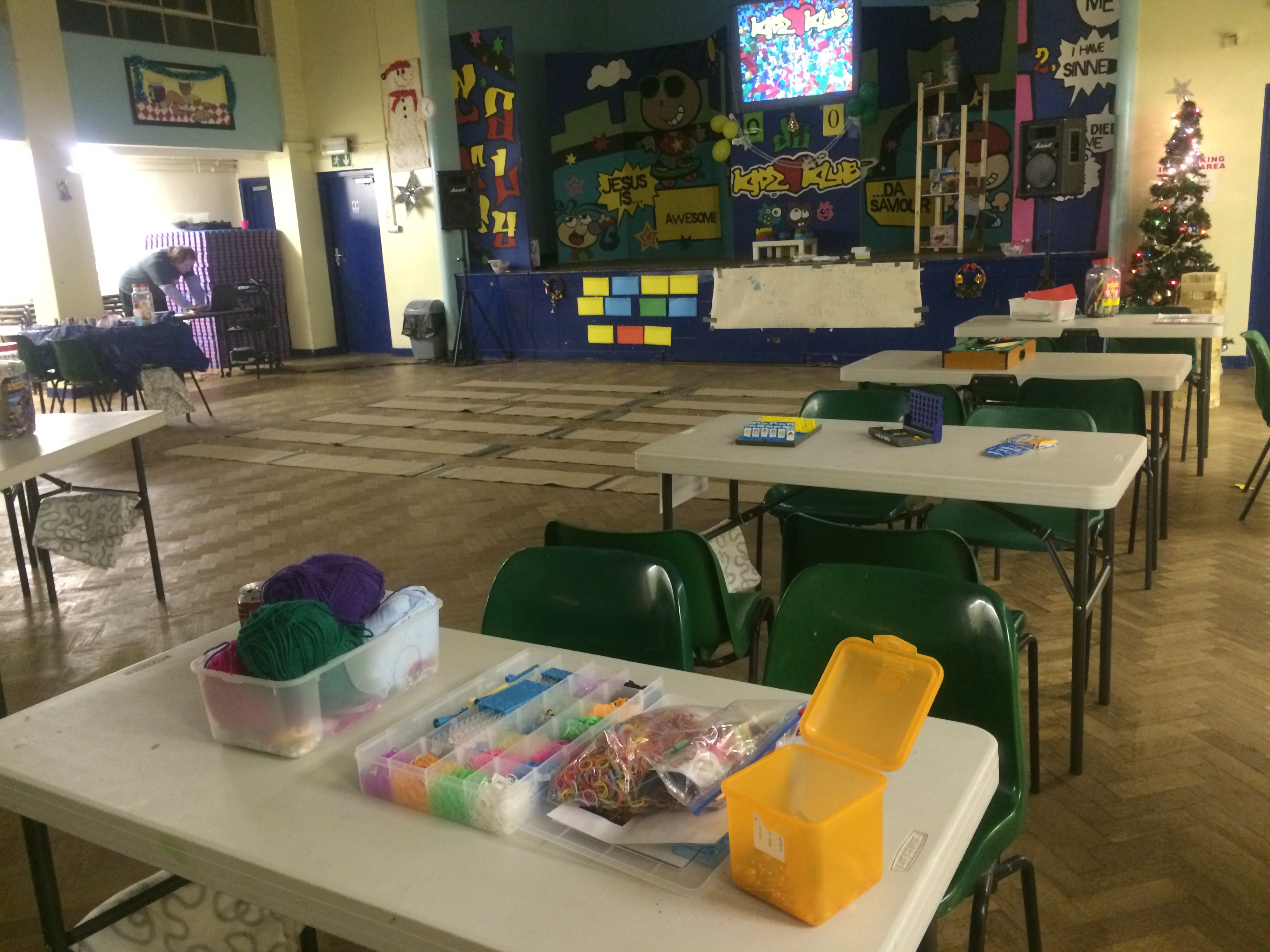 It's a Kidz Klub…no, it's a youth club…actually, it's…a peek into Kidz Klub Canley's youth club slot!